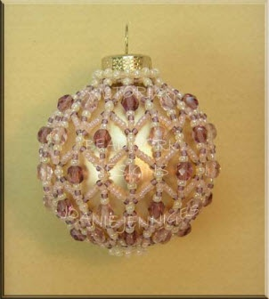 Victorian Christmas Ornament by Joanie Jenniges of Beadwork Designs at http://www.beadworkdesigns.com/christmasornaments/index.html
