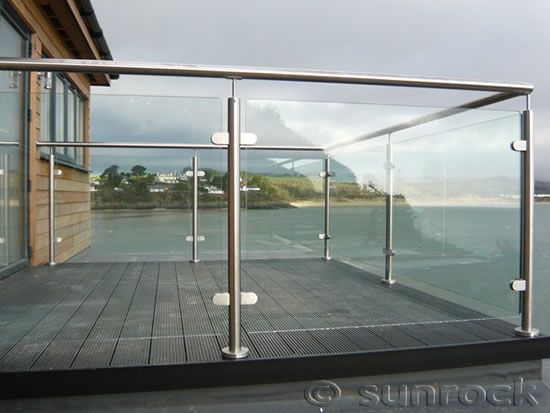 36 best images about glass balustrade balcony on pinterest for Glass balcony railing
