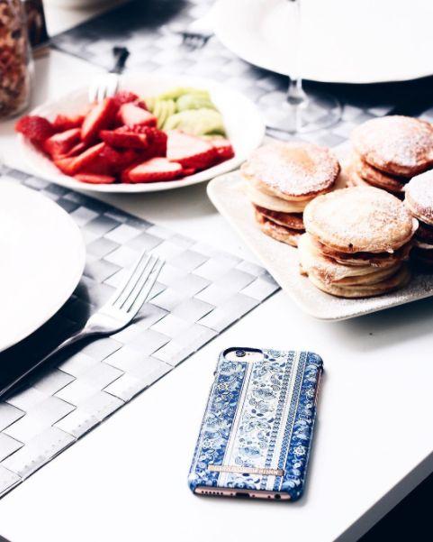 @aliceveronicae boho, phonecase, iphone, breakfast, fashion, panncakes, strawberries