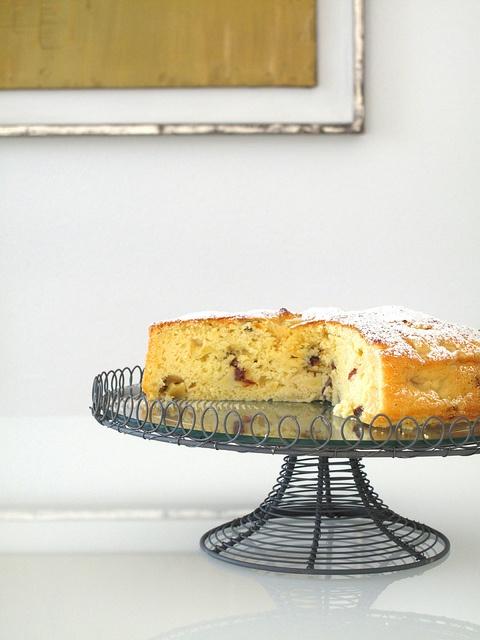 Torta di mele, ricotta e uvetta by SemplicementePepeRosa, via Flickr
