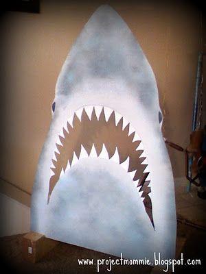 http://3.bp.blogspot.com/-ZbG0go2saA4/TxfjNMlcH7I/AAAAAAAAGTU/r1UvF6e-PIc/s400/SharkGame-1.JPG
