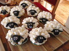 Cupcake-Schafe mit Marshmallow-Frosting 4