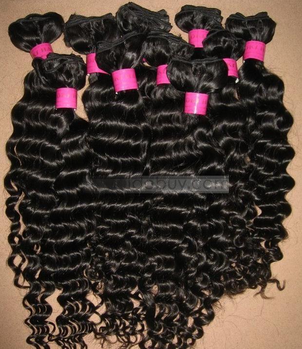 22インチカーリー100%の人間の髪の毛は約最高品質のブラジルの毛のよこ糸