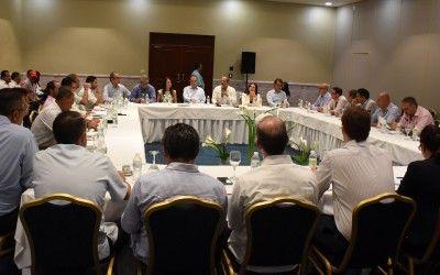 Hoteleros de zona Este se reúnen Francisco Javier García para mejorar regulación del turismo