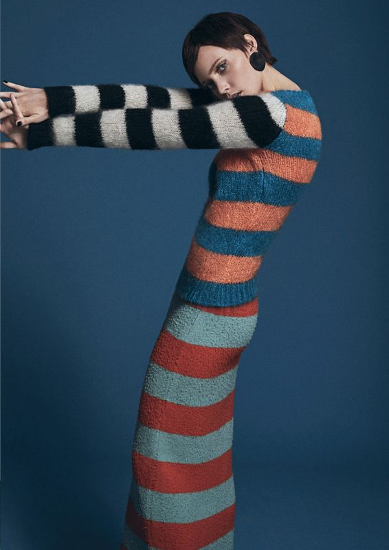 knitGrandeur: Mismatched Sleeve & Body Stripes