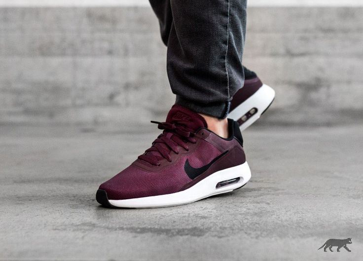 Perfect Fit Nike Sportswear Air Max Modern Essential Night Maroon for Men