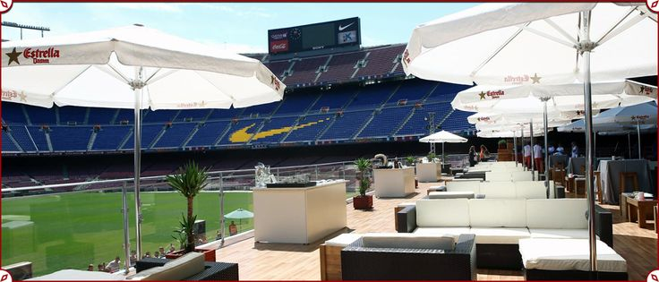 Camp Nou Lounge | A beer and tapas terrace in the middle of the Barcelona's stadium, just perfect for the summer. // Una terraza de cerveza y tapas en medio del estadio del Barcelona, perfecta para el verano.  #Barcelona #CampNou #Restaurantes #Tapas #Beer #Cervezas #Futbol #Football http://olivermag.com/camp-nou-lounge-barcelona/