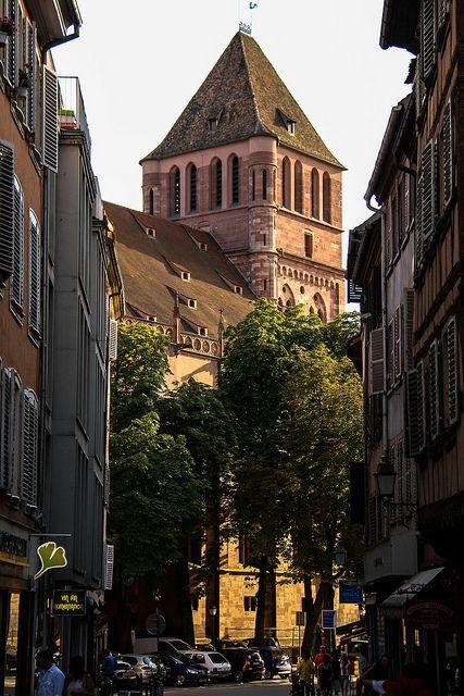Eglise Saint Thomas, Strasbourg, Alsace, France www.travelandtransitions.com/european-travel/european-travel-top-european-river-cruise-ideas-christmas-2014/