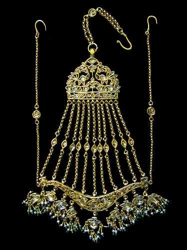 Indian gold hair ornament | Jhumar - 19th C. Gold Hair Ornament North India