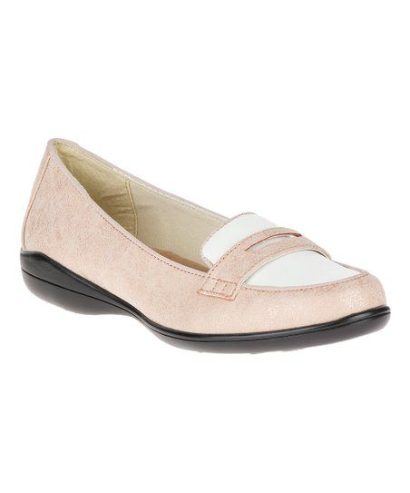 2d766192b039 Soft Style by Hush Puppies Rose Cloud   White Patent Daly Loafer - Women