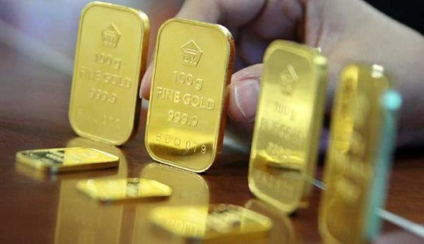 Harga emas anjlok, tertekan data AS