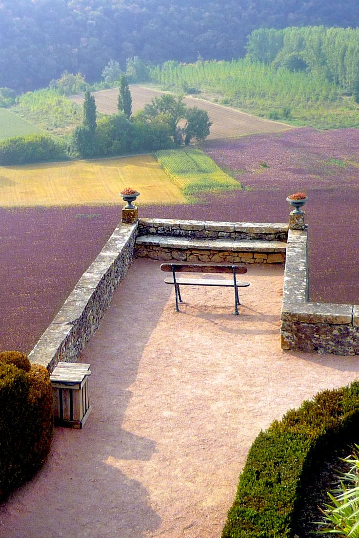 Peaceful scenery at Marqueyssac Gardens, Périgord. #Marqueyssac #Dordogne #Périgord