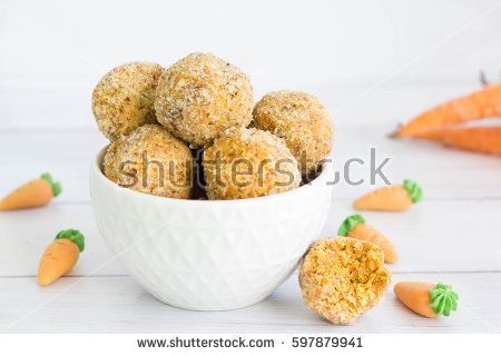 Healthy, raw carrot cake flavored energy bites