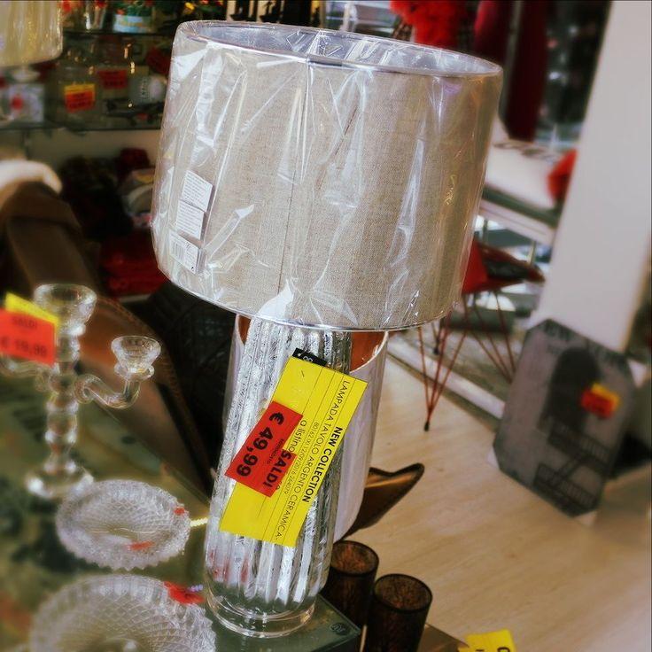 Lampada da tavolo Argento Ceramica 4999 con i SALDI #saldi #sales #prenotalosuisocial #apertidalle10alle20nostop #spazioliberolowcost