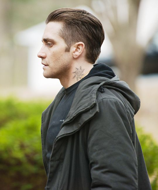"Jake Gyllenhaal as ""Detective Loki"" in ""Prisoners"" (2013)."