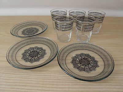VINTAGE CHANCE GLASS SWIRL PATTERN 5 SHOT GLASSES AND 3 SNACk / NUT PLATES