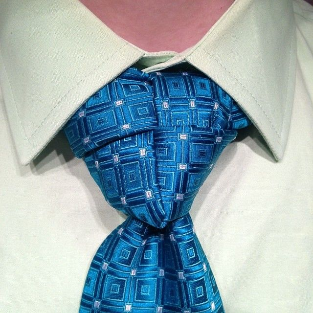 How to Tie a Truelove Necktie Knot Video Inside