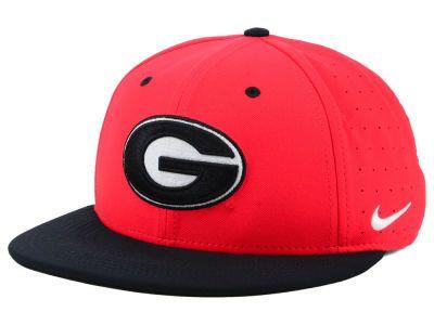 98fab13ca6f Georgia Bulldogs Nike NCAA Aerobill True Fitted Baseball Cap