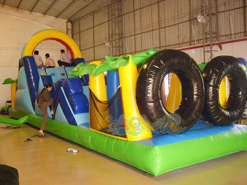 1000 Ideas About Inflatable Obstacle Course On Pinterest Inflatable Water Slides Bean Bags