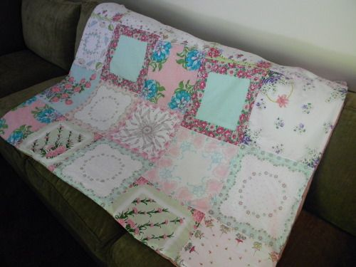 quilt made from vintage handkerchiefs - Already have some hankies - wanna make one of these.