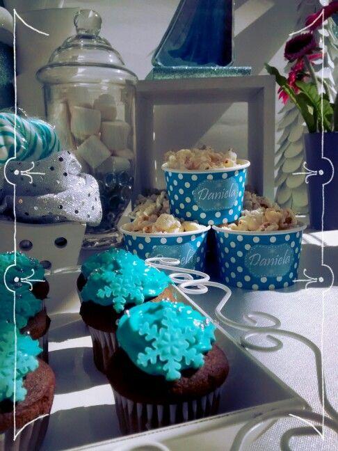 Cupcakes candy bar frozen