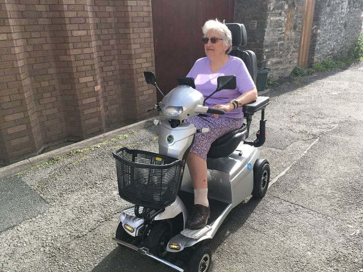 Mrs Thomas enjoying the sun on her Vitess 2 mobility scooter get your demo here http://contact.quingoscooters.com/social-mobility-scooters