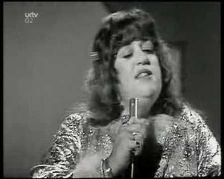 "Mama Cass Eliot - ""Dream a little dream of me"" (1967, live) [http://marketing4creatives.com/]"