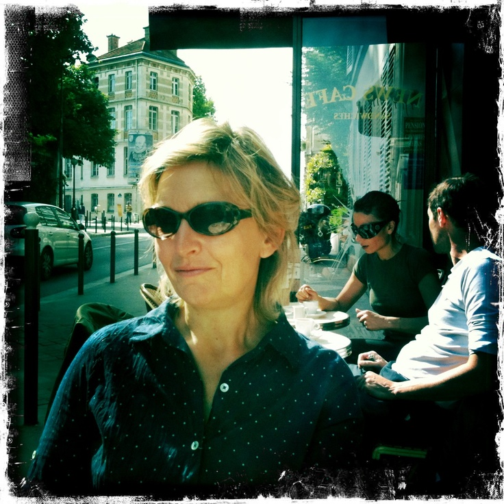 Lizzie in Paris