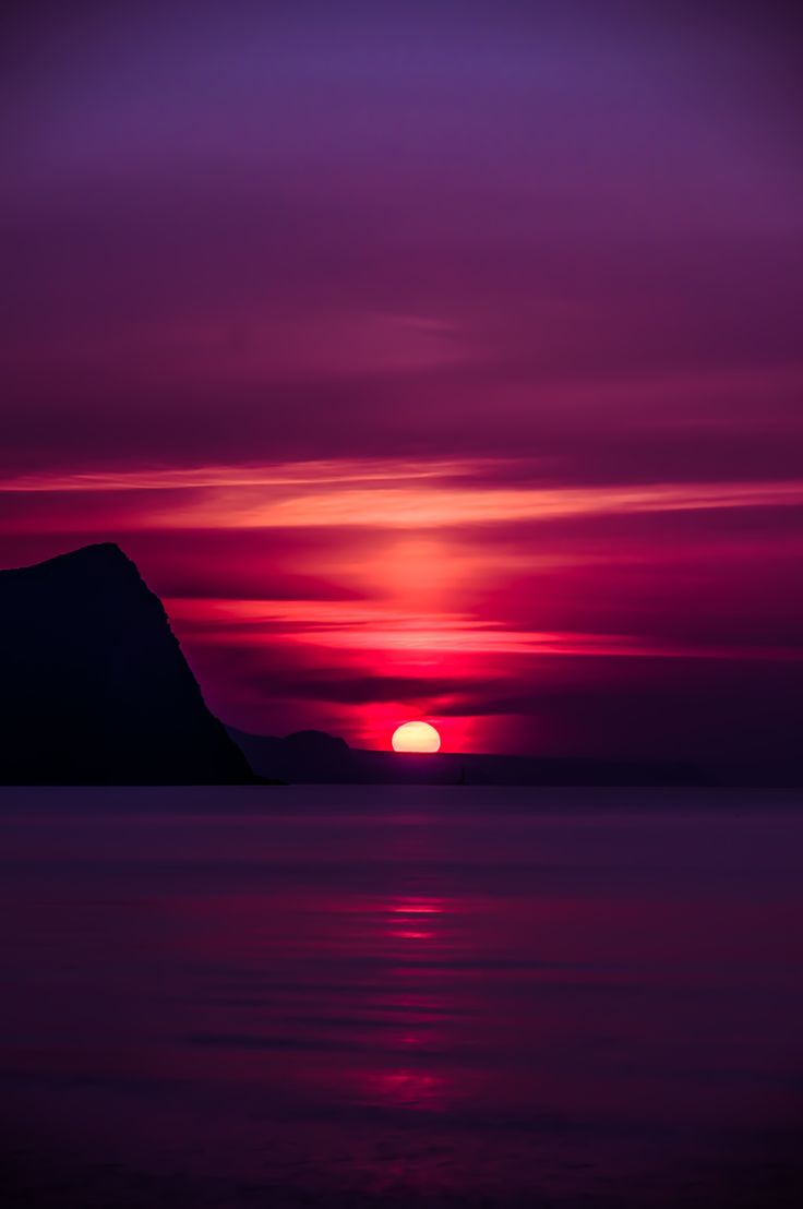 "babi1976: "" (via 500px / Sunset on the Sea of ​​Japan by momo taro) """