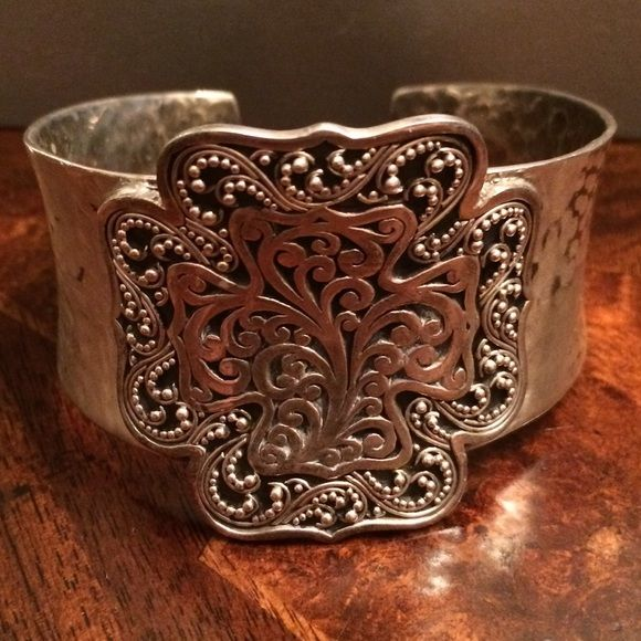 Gorgeous Lois Hill sterling silver cuff Retail: $425. Gorgeous Lois Hill .925…