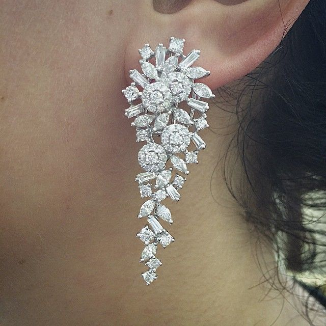 Instagram media by halilakcali - #earrings #pendientes #ohrringe #orecchino #küpe #diamonds #diamantes #pırlanta #whitegold #womens #girls #wedding #engagement #bride #braut #joya #jewellery #handmade #mode #dream #happines #hochzeit #trendy #fashion #nice #awesome