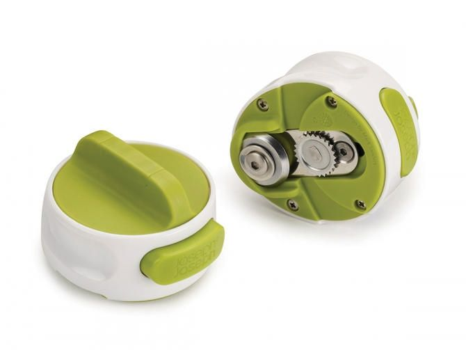 The Joseph Joseph Can-Do Can Opener features a unique shape. With the handle on top, the can opener is designed for lefty or righty usage.