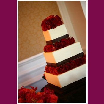Wedding, Cake, Red, Would love with multicolored Roses to match the colors of the wedding :)