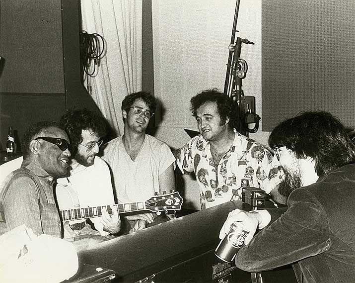 Ray Charles, Dan Aykroyd, John Belushi and John Landis | Rare and beautiful celebrity photos
