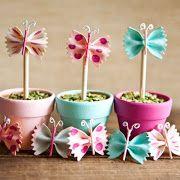 Borboleta de macarrão para decoração de mesa de festa infantil