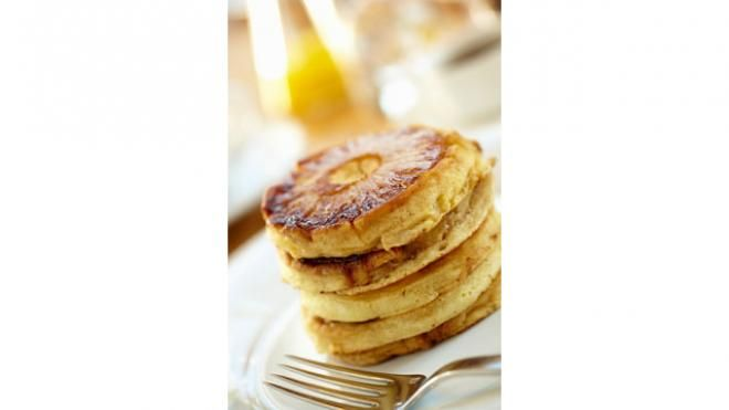 Snooze Pineapple Upside Down Pancakes (pancakes made with rum? How can ...