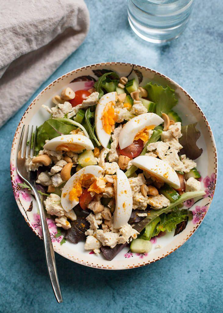 Self made kip kerrie salade
