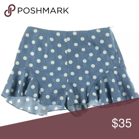 AQUA shorts size xs Aqua 7830 Womens Denim Polka Dot Ruffled Flat Front Casual Shorts XS Manufacturer: Aqua Size: XS Size Origin: US Manufacturer Color: Denim/White Retail: $58.00 Condition: New with tags Style Type: Casual Shorts Collection: Aqua Bottom Closure: Hidden Side Zipper Waist Across: 12 Inches Inseam: 2 Inches Rise: 9 3/4 Inches Hips Across: 15 1/2 Inches Leg Opening: Inches Front Style: Flat Front Back Pockets: No Pockets Material: 100% Cotton Fabric Type: Cotton Style Number…