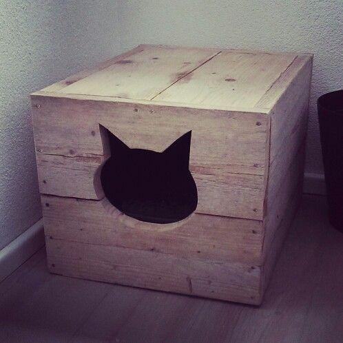 Kattenbak, steigerhout, steigerhouten kattenbak. Cadeau artikelen, cadeautjes, interieur cadeaus, tuindecoratie en nog veel meer, bezoek de webshop www.creativeopen.nl/shop/ #woonwinkel #webshop #tilburg