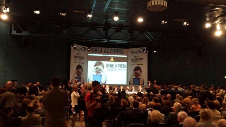 conferenza stampa di apertura. che il #SalTo14 abbia inizio! pic.twitter.com/O2Yg8ieMu9 #torino #lingottofiere