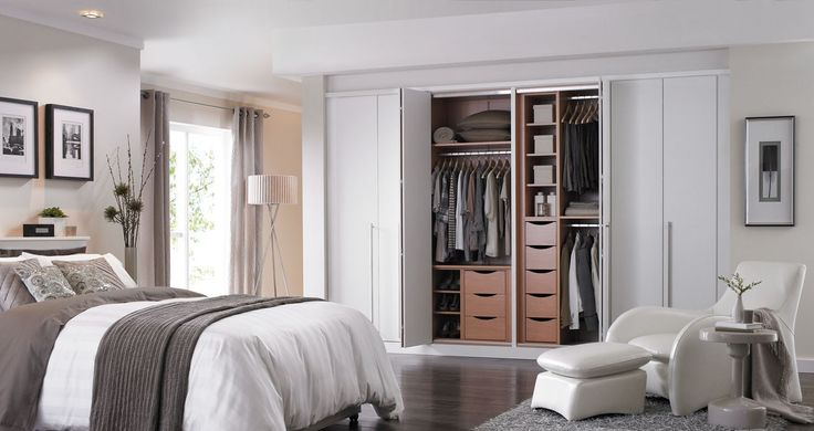 Stylish Bifold Closet Doors: Brilliance White Bi Fold Doors ~ Decoration Inspiration