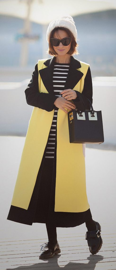 sophie hulme bag | sophie hulme | fall outfits | autumn looks | playful style | street style | yellow waistcoat | the other colours coat |