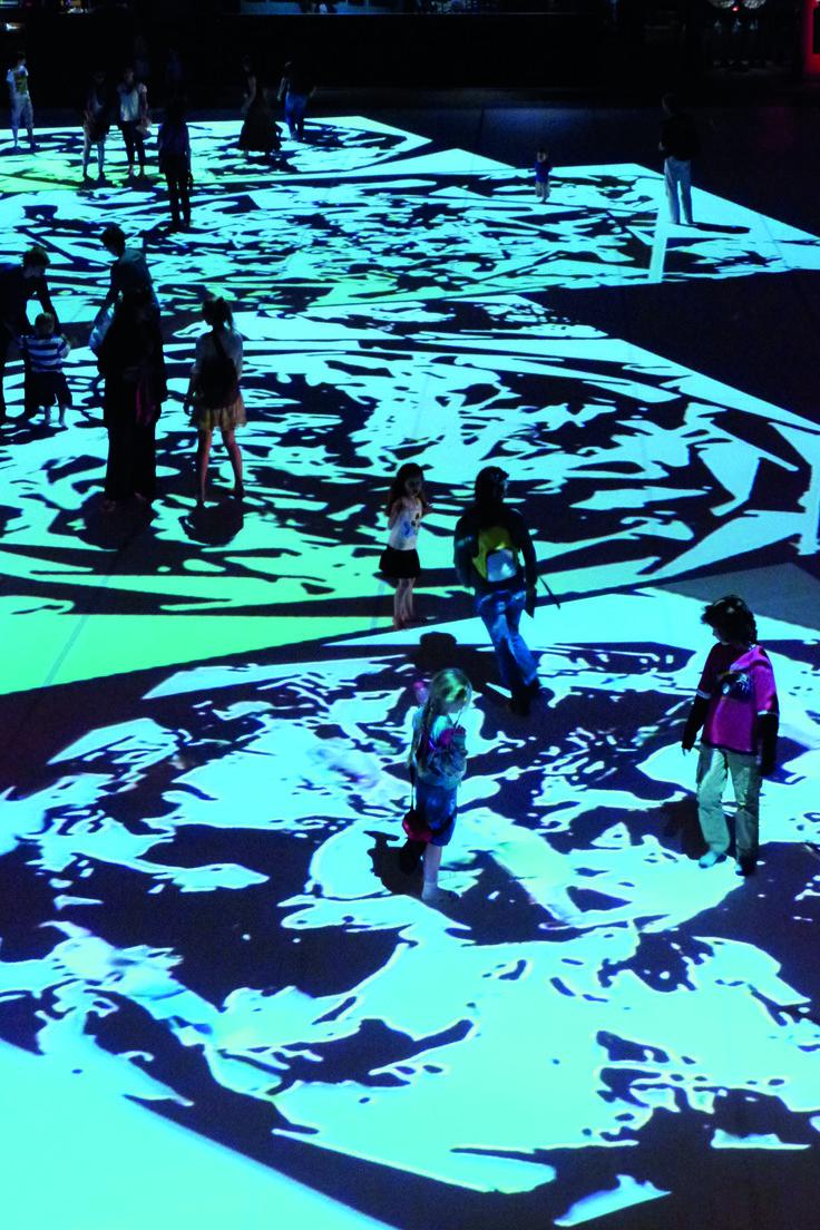 Philippe Decouflé - <Opticon> Exposition - Bonlieu - Annecy