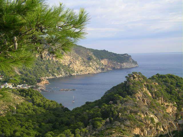 Aiguablava (Begur Costa Brava). Cabo de Begur y Playa de Aiguablava, a 2.5 klm del Hotel Galena Mas Comangau.