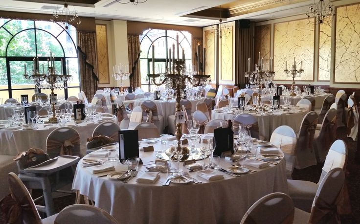 Gold themed wedding reception at The Playford, Adelaide www.houseofthebride.com.au