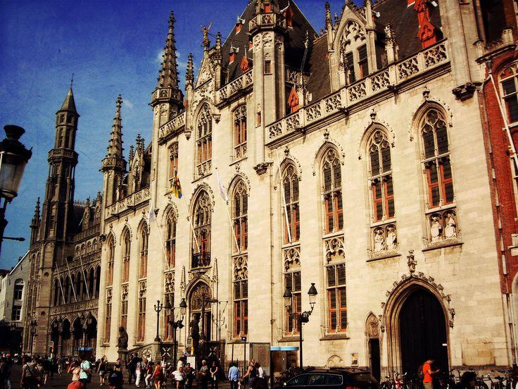 Central Plaza (Brugge - Belgium)