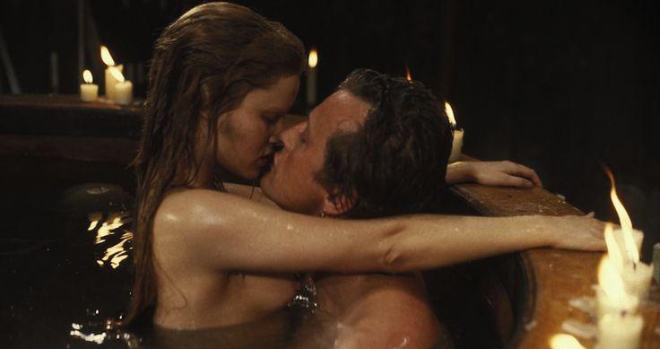 Rutger Hauer e Jennifer Jason Leigh in Flesh+Blood by Paul Verhoeven