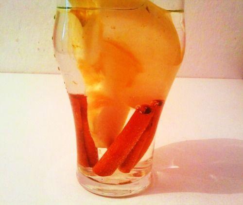almás-fahéjas fogyókúrás víz - Fotó: Twice.hu