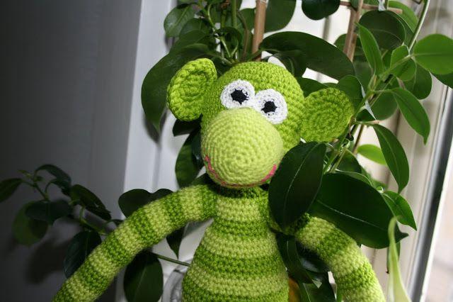Praleriers originale opskrift på den hæklede abe, til fri afbenyttelse.