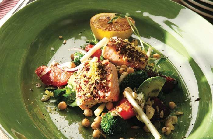 Ugnsbakad torsk och ljummen matvetesallad med rödbetor | Allt om Mat